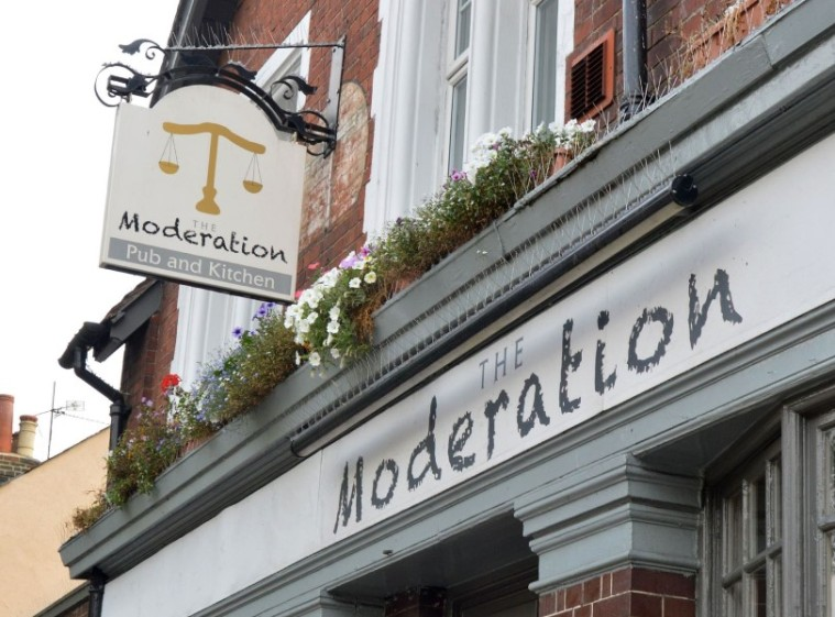 The Moderation - Reading (1)